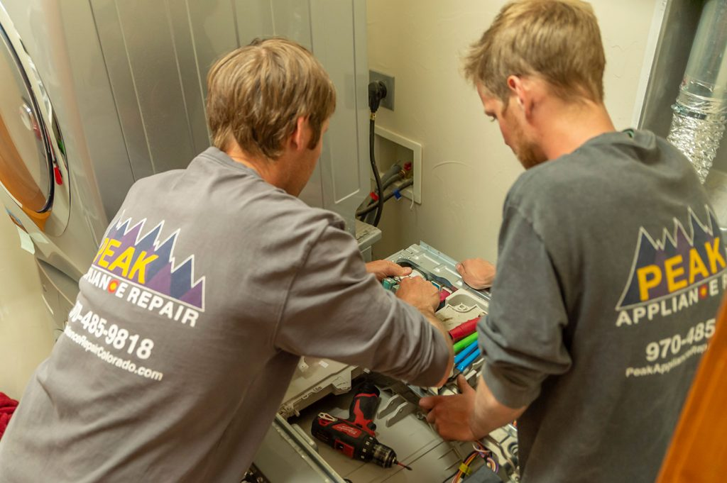 copper mountain appliance repair techs working